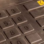Como podem roubar o código do teu Cartão Multibanco, sem que te apercebas! Mesmo à tua frente!