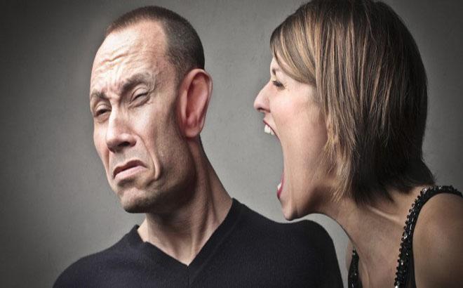 Os 8 tipos de mulheres que mais irritam os homens!