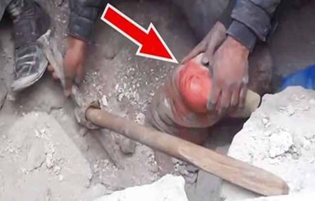 Não dá para acreditar no que eles desenterraram… Que resgate emocionante!