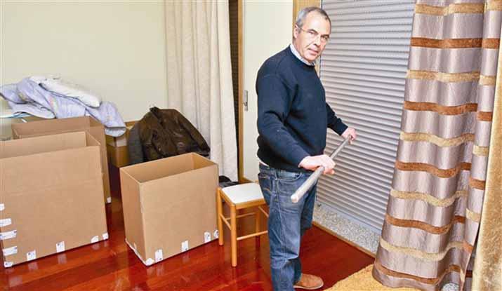 Fisco deve-lhe 17 mil euros, e despejou-o por 800 euros! Impressionante!
