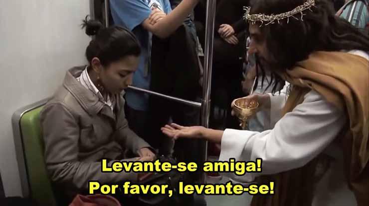 Jesus apareceu no metro e realizou milagres a frente de todos!