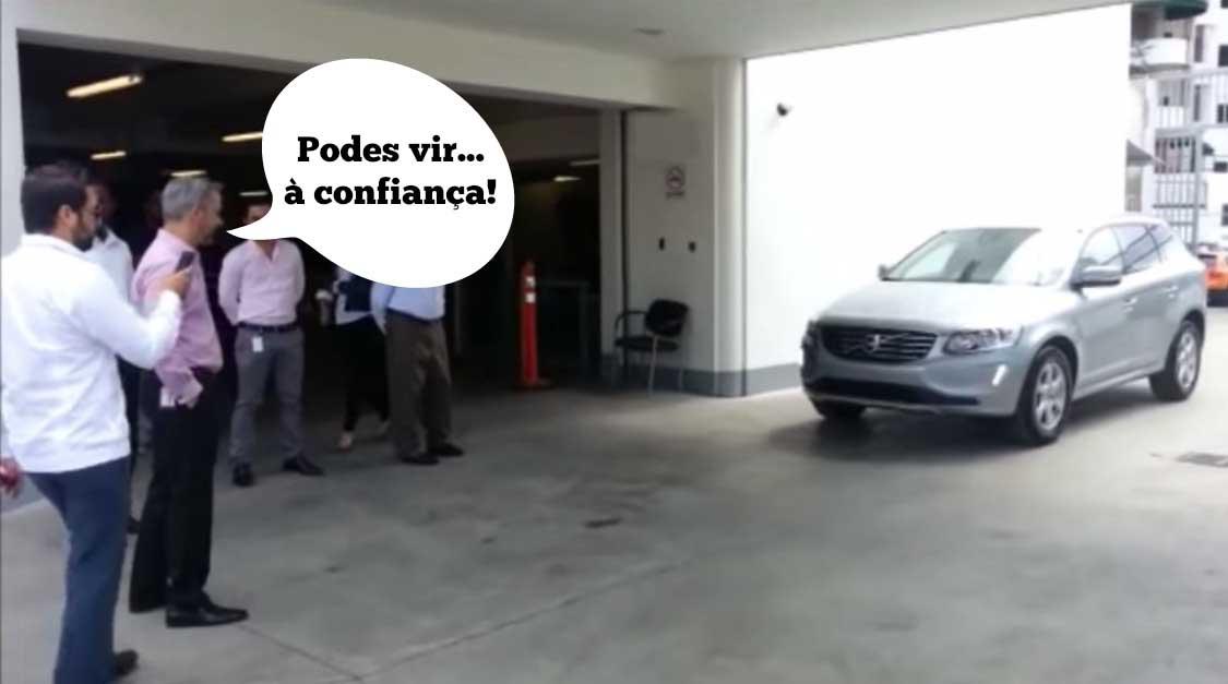 Consegues adivinhar o que aconteceu no teste ao sistema de travagem automático de um Volvo?