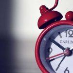 Fique a saber quais são as melhores horas para tudo: trabalhar, comer, dormir e namorar