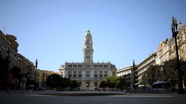 Tens uma ideia inovadora? A C.M. do Porto paga 250.000,00 Euros pela tua ideia! Estás a espera de quê?