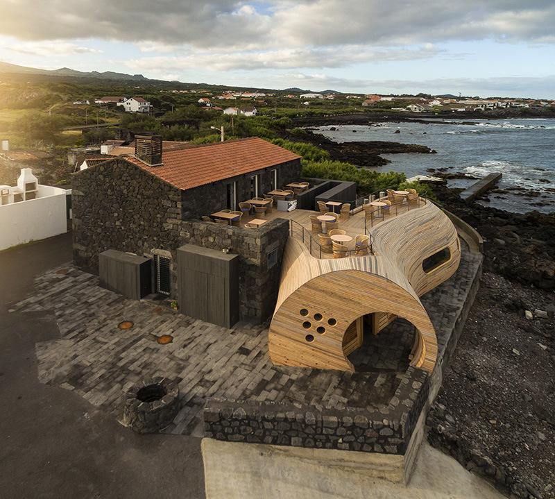 Este Bar nos Açores está a ser falado e admirado por todo o Mundo! Pelo motivo de…