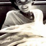 Há 70 anos deu um chocolate a uma grávida num campo de concentração… 70 anos depois… UAU!