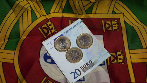 Alarmante! Quase metade dos Portugueses vivem à custa do Estado!