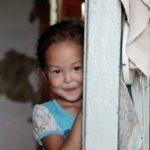 Menina de 3 anos caminhou sozinha durante 11 dias! Mas houve alguém que nunca a abandonou! É emocionante