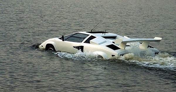 Não parecem verdadeiros mas estes carros existem mesmo! Qual é que tu escolhias?