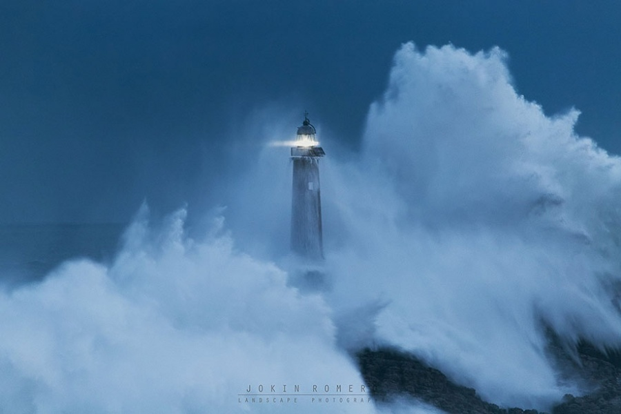 235810-amazing-lighthouse-landscape-photography-17-900-1464685451