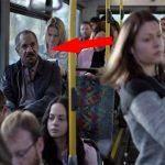 Esta mulher não queria sentar-se ao lado dele… Segundos depois, ele ficou chocado quando percebeu porquê! É inacreditável como…