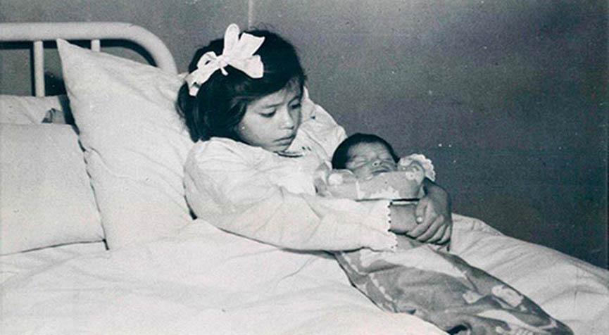 A mãe mais jovem do mundo… Foi mãe aos 5 anos… Um caso que chocou o mundo inteiro!