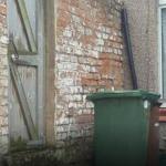 Este é um dos desafios mais difíceis que podes encontrar. Consegues encontrar o gato escondido nesta foto?