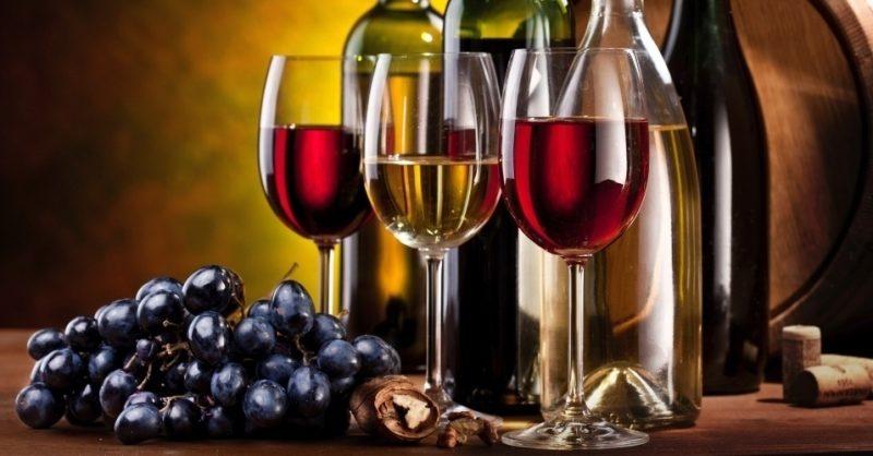 A que temperatura devemos servir o vinho no verão? Saiba tudo!
