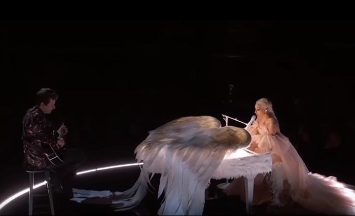 Lady Gaga fez actuação extraordinária na cerimonia dos Grammys