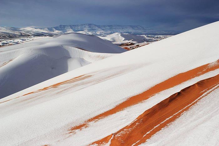 As impressionantes imagens do nevão no deserto do Sahara