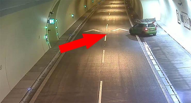 Imbecil pára no meio de um túnel com apenas um sentido para fazer inversão de marcha!