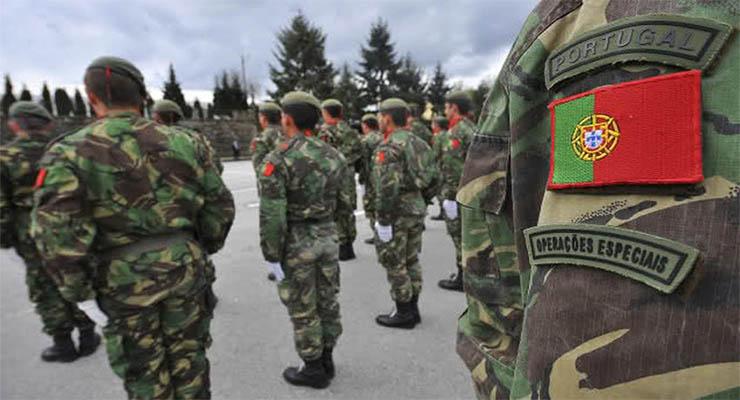 Serviço militar obrigatório para alunos indisciplinados ou em abandono escolar?