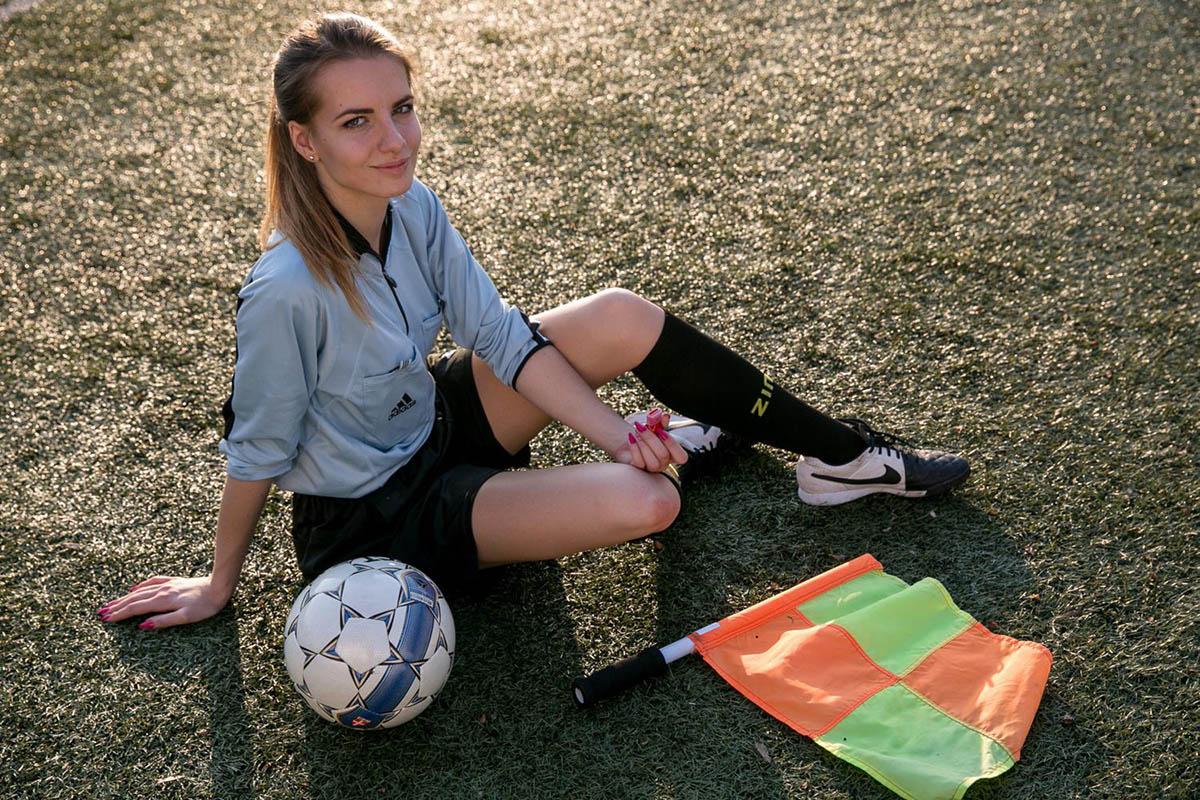 Karolina Bojar provavelmente a árbitra mais bonita do mundo