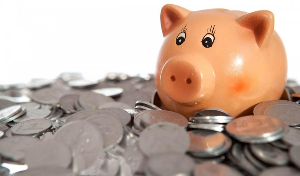 Dicas simples que te vão permitir poupar muito dinheiro
