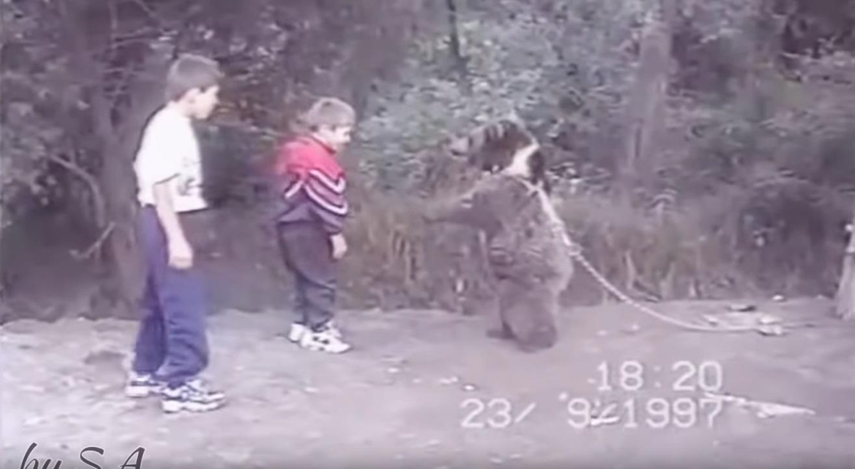 Com apenas 9 anos o Lutador de UFC Khabib Nurmagomedov treinava com ursos