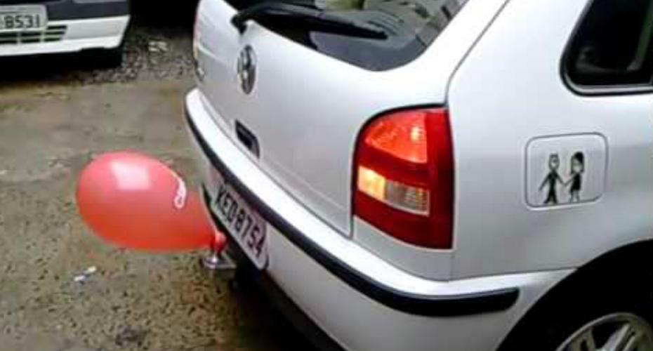 Como são os sensores de estacionamento no Brasil…