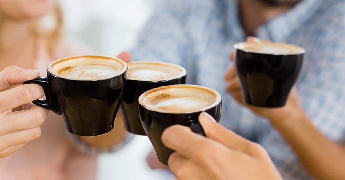 Pessoas que não metem açúcar no café são más, aponta estudo.