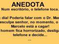 O telefone toca no escritório do Dr. Marcelo...